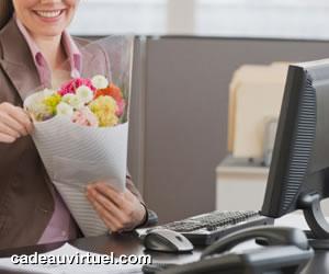 Des fleurs au bureau